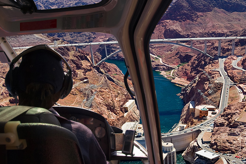 5 Star Grand Canyon Helicopter Tours hoover dam